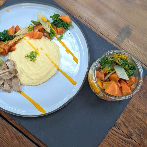 Polenta crémeuse, légumes rôtis et échine de porc Bio