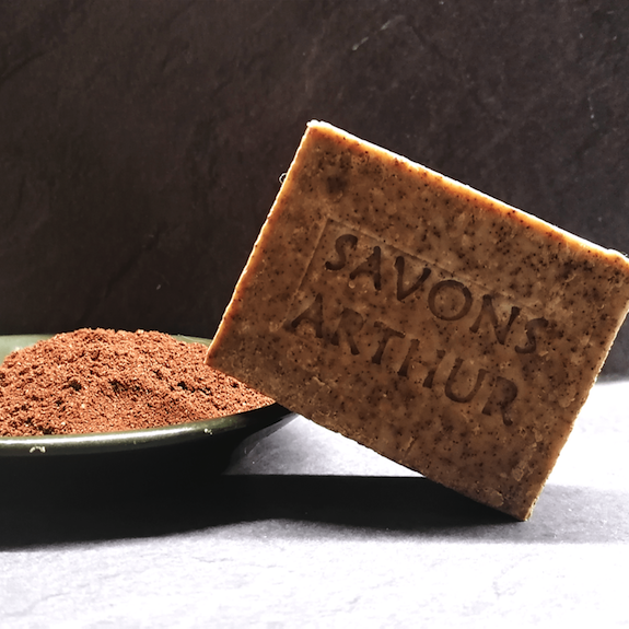 Savon solide bio exfoliant au marc de café